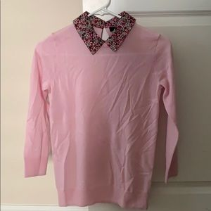 Pink casual sweater with floral collar